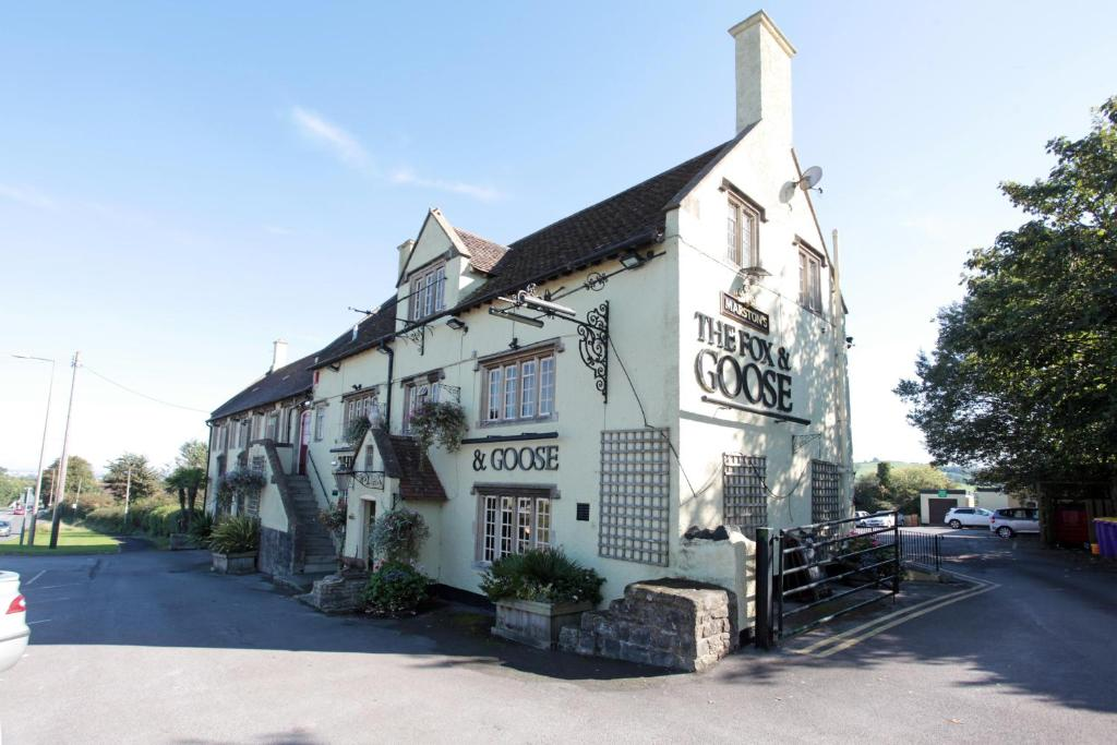 Fox & Goose by Marston's Inns during the winter