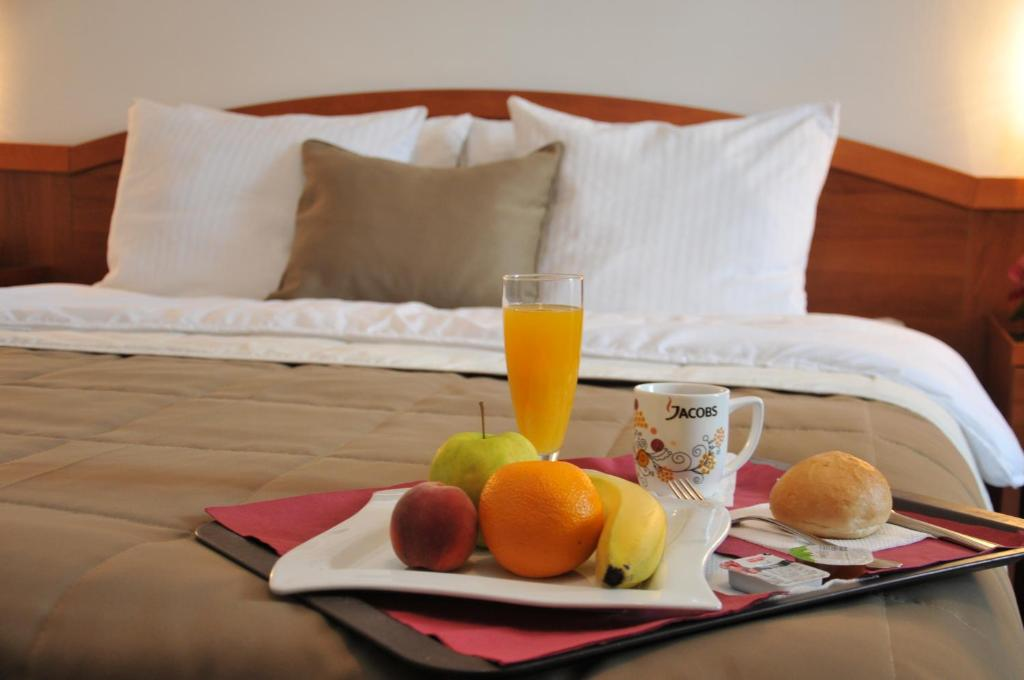 Breakfast options available to guests at Hotel Terex