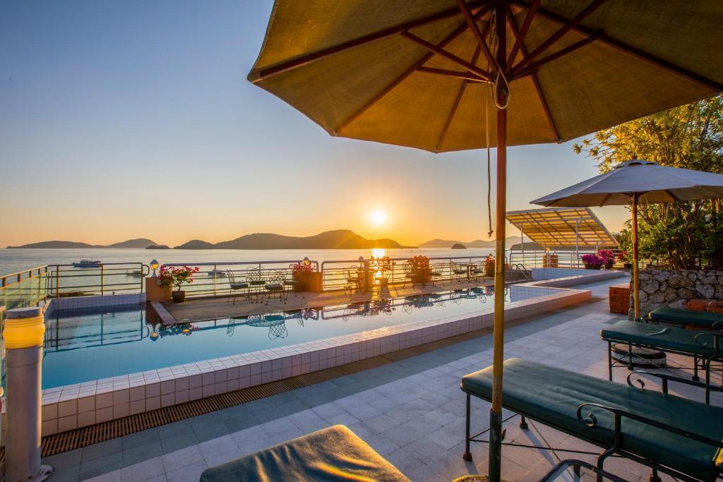 The swimming pool at or close to Kantary Bay Hotel Phuket
