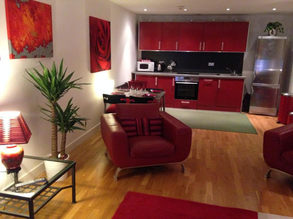 Stunning Spacious City Apartment, Cardiff – Updated 2019 Prices