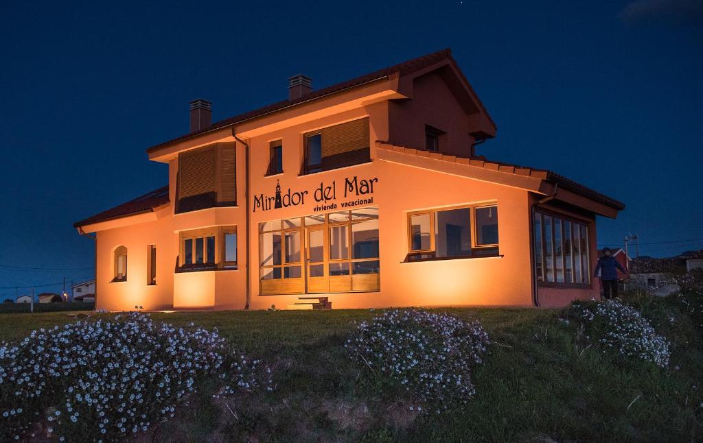 Casa de vacaciones Mirador del Mar (España Oviñana ...