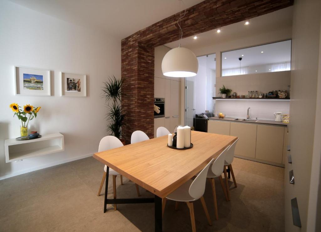 Kuchyňa alebo kuchynka v ubytovaní Apartment Sunflower