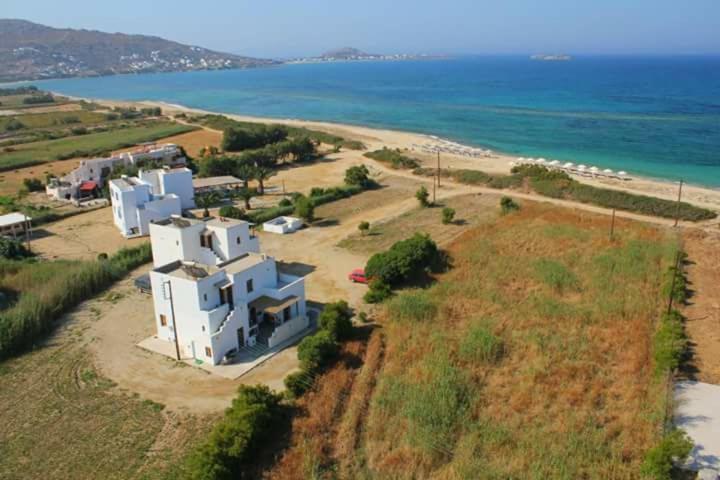 Guesthouse Nostos Plaka Beach Greece