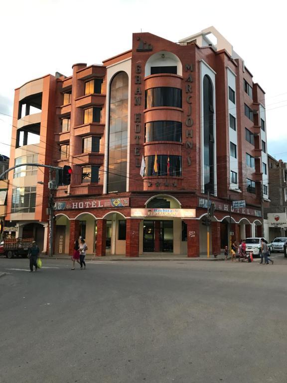 Gran Hotel Marcjohns (Ecuador Catamayo) - Booking.com