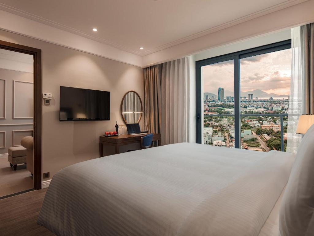 Suite Peace 1 Phòng Ngủ Có Ban Công - Nhìn Ra Thành Phố