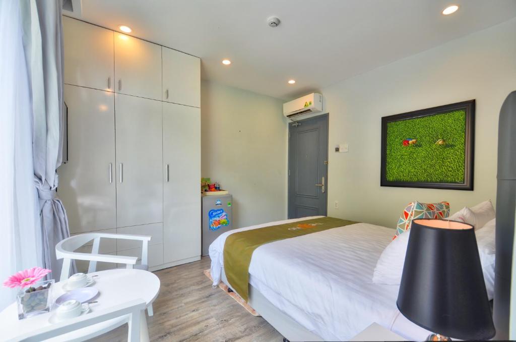 Phòng Tiêu Chuẩn Có Giường Cỡ Queen - Bao Trọn Gói Spa