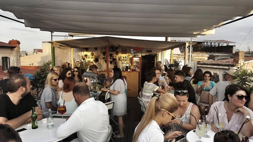 Pura Vida Sky Bar & Hostel