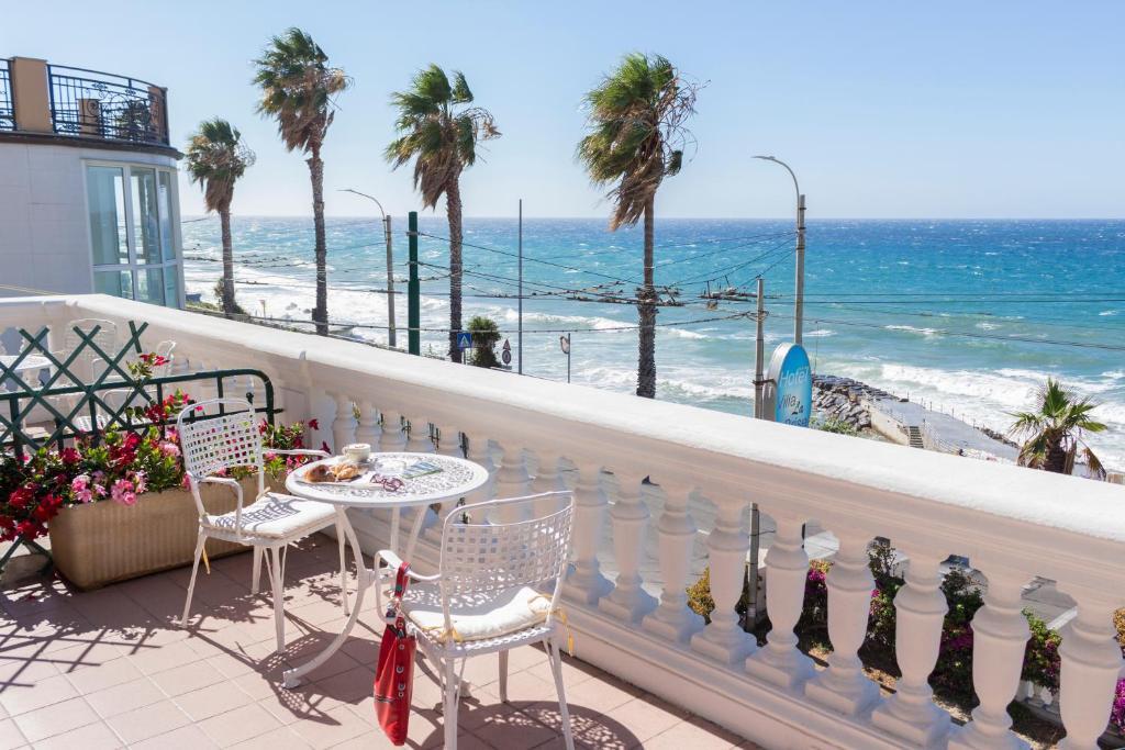 Balcone o terrazza di Hotel Villa La Brise