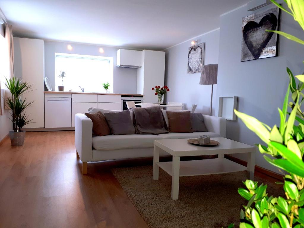 Bergen Alversund Appartement Norway Booking Com