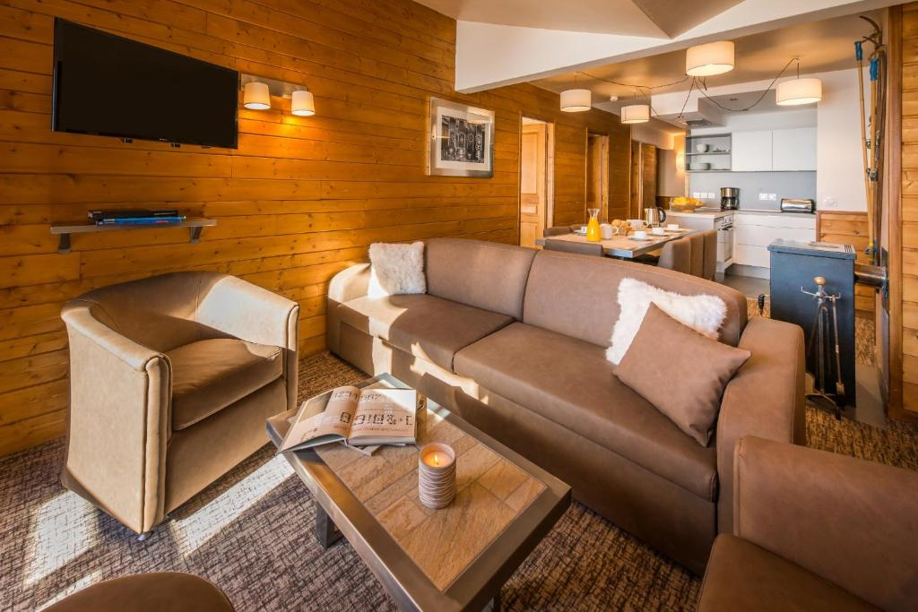 Chalet Val 2400