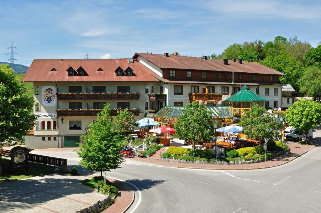 Pyjamaparty - MAMAS - Kirchberg am Wechsel - zarell.com