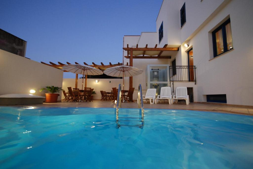 The swimming pool at or near Hotel Altamarea