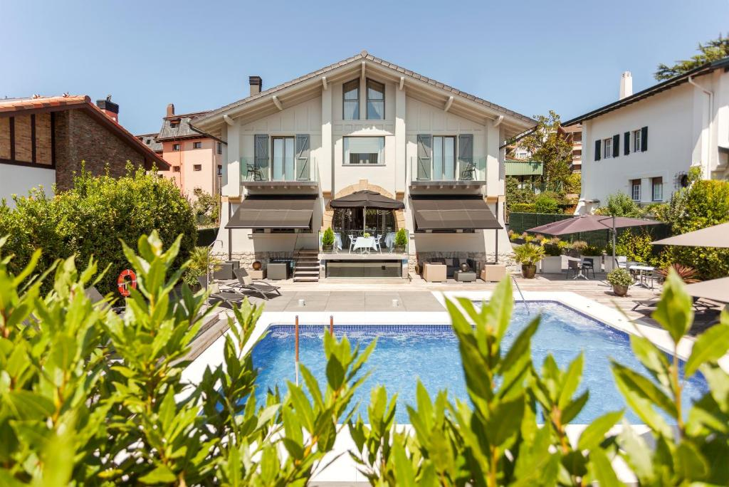 Villa Birdie, San Sebastián, Spain - Booking.com