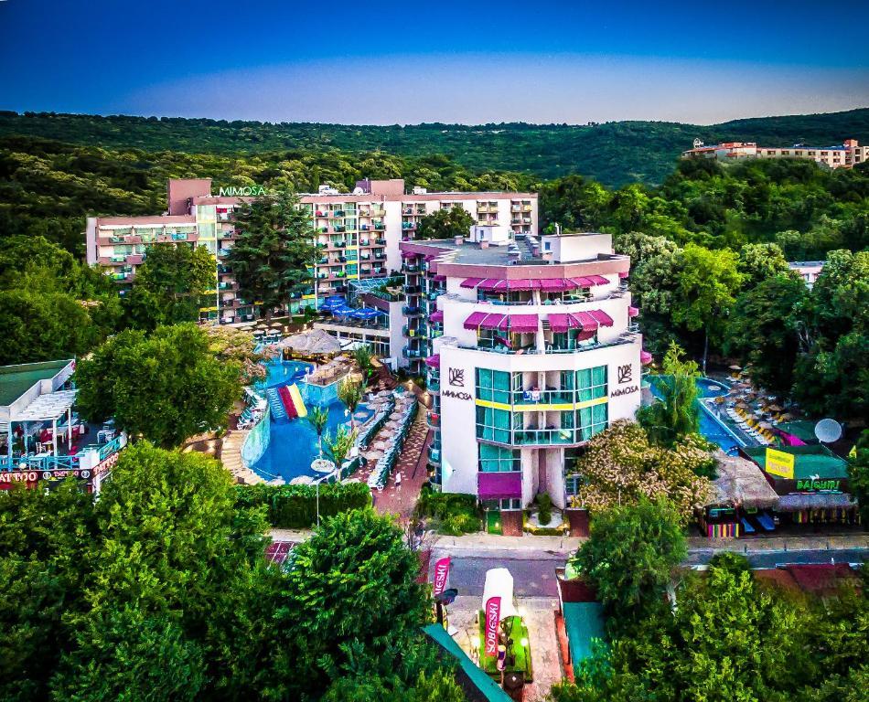 Vedere de sus a COOEE Mimosa Sunshine Hotel - All inclusive