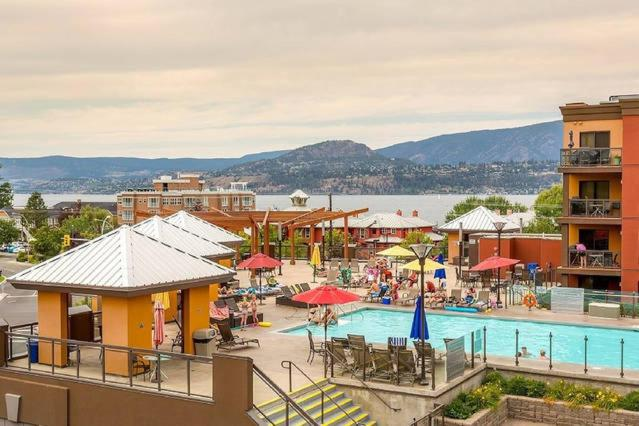 Vista de la piscina de Casa del Lago o alrededores