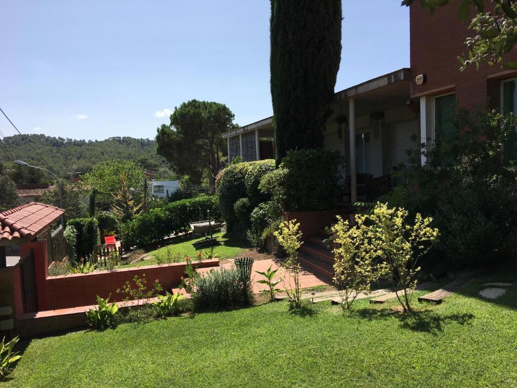 B&B Inés (España Sant Cugat del Vallès) - Booking.com