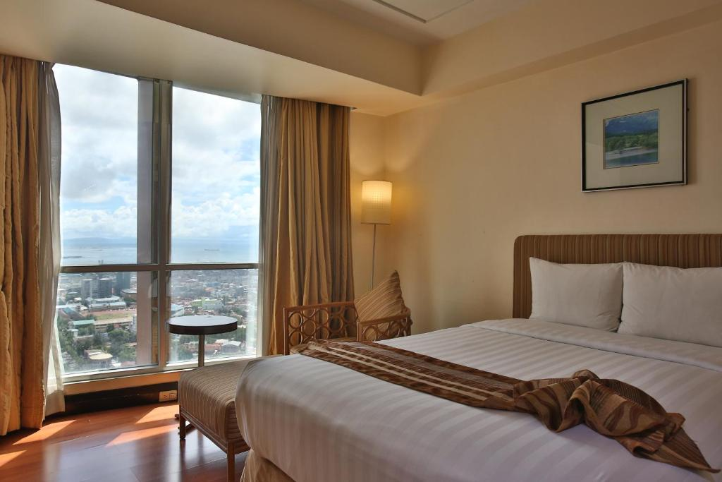 Crown Regency Hotel & Towers, Cebu City – Updated 2019 Prices