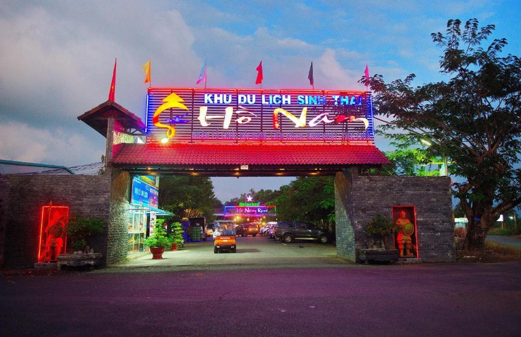 Ho Nam Resort
