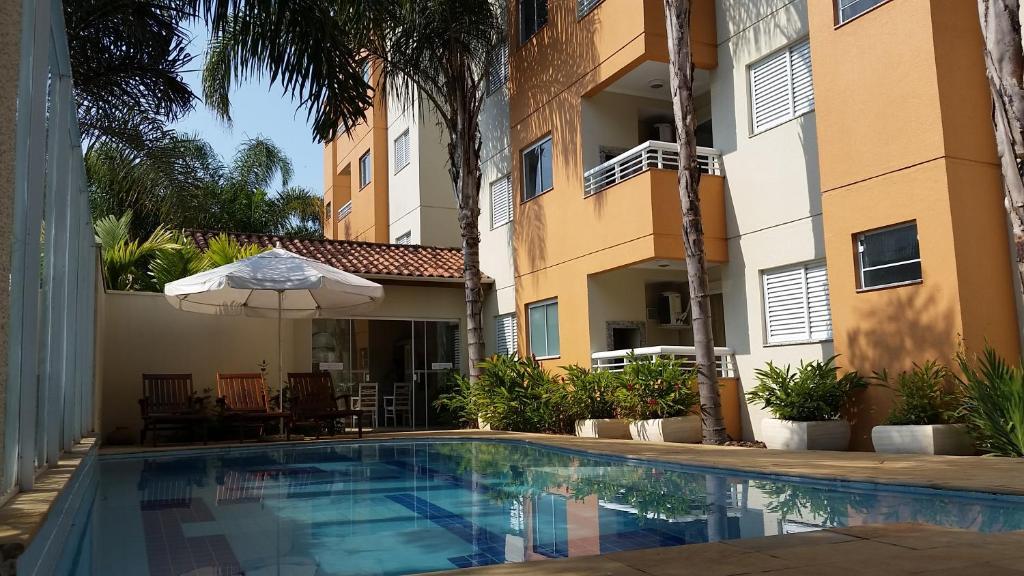 A piscina localizada em Lorenza by Paramar ou nos arredores