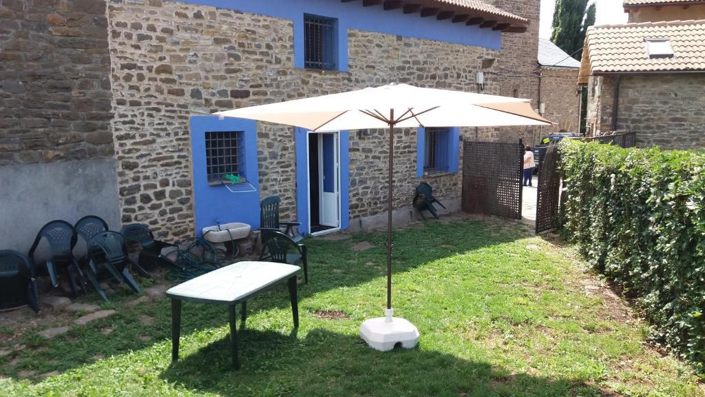 Casa de campo La Casa Azul (España Yosa de Sobremonte ...