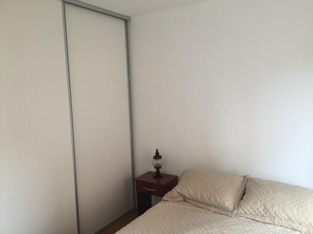 Una cama o camas en una habitación de Paso 284