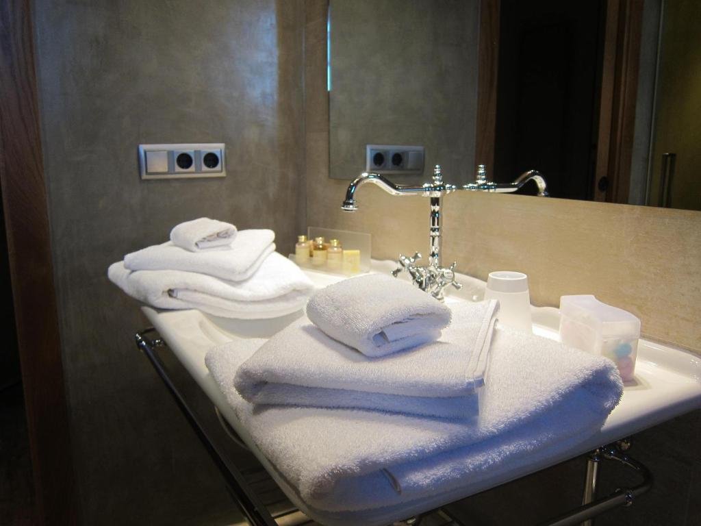 Hotel Rural Can Vila, Sant Esteve de Palautordera – Precios ...