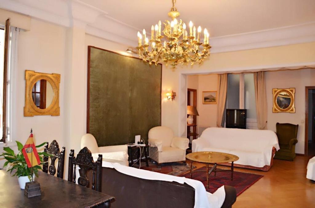 Hostal Casa Tao, Madrid (with photos & reviews)   Booking.com