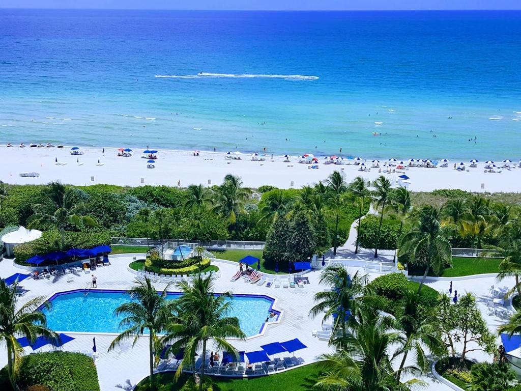 Apartment Seacoast Tower Miami Beach
