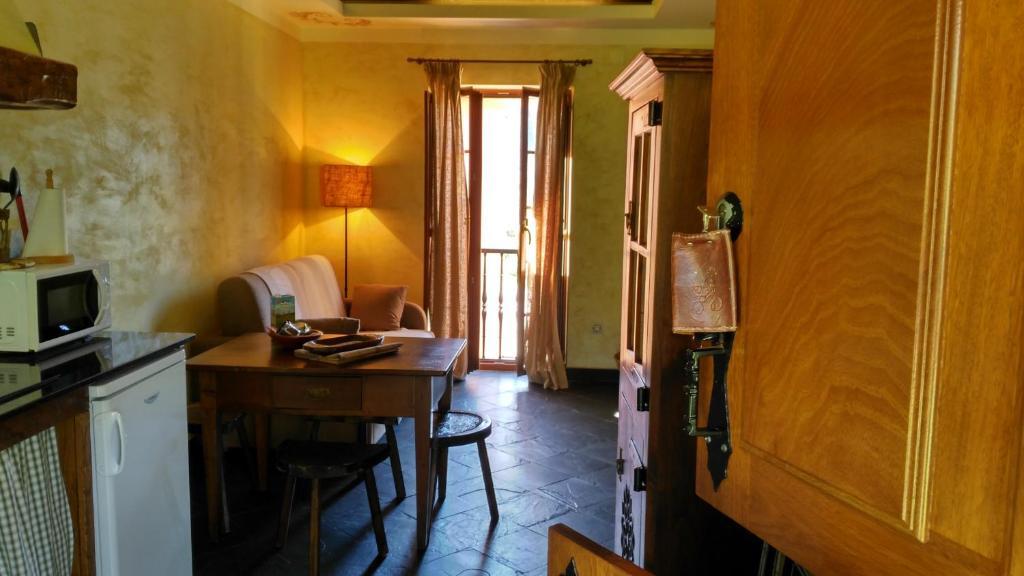 Casa de campo La Searila (España Seares) - Booking.com