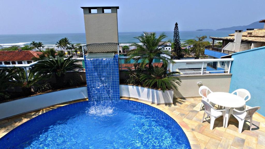 A piscina localizada em Paramar Praia Grande ou nos arredores