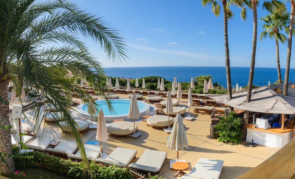 Destino Pacha Resort, Talamanca, Spain - Booking com