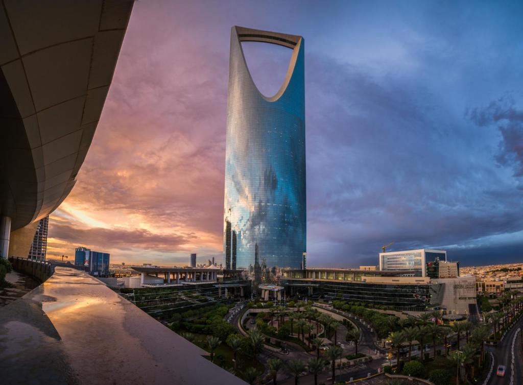 Four Seasons Hotel Riyadh, Saudi Arabia - Booking com