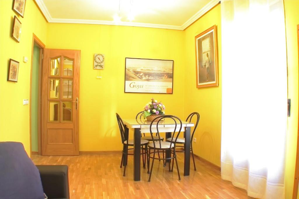 Apartment Madrid River, Spain - Booking.com