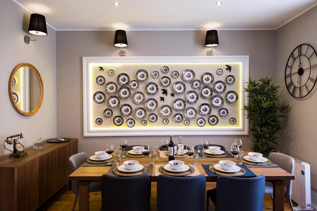 Um restaurante ou outro lugar para comer em Ola Lisbon - Principe Real III