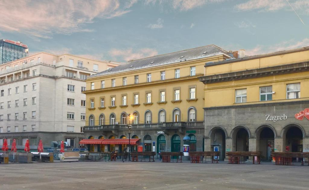 Dolac One Apartments Zagreb Croatia Booking Com
