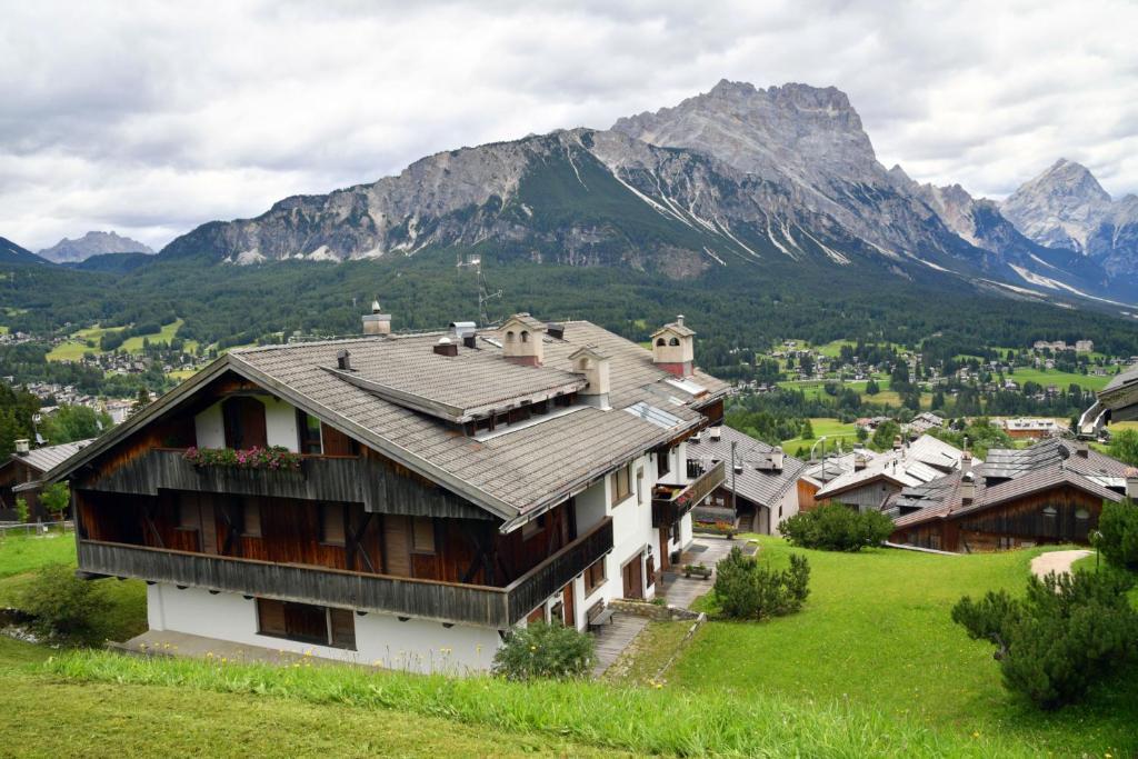Departamento Cortina (Italia Cortina d'Ampezzo) - Booking.com