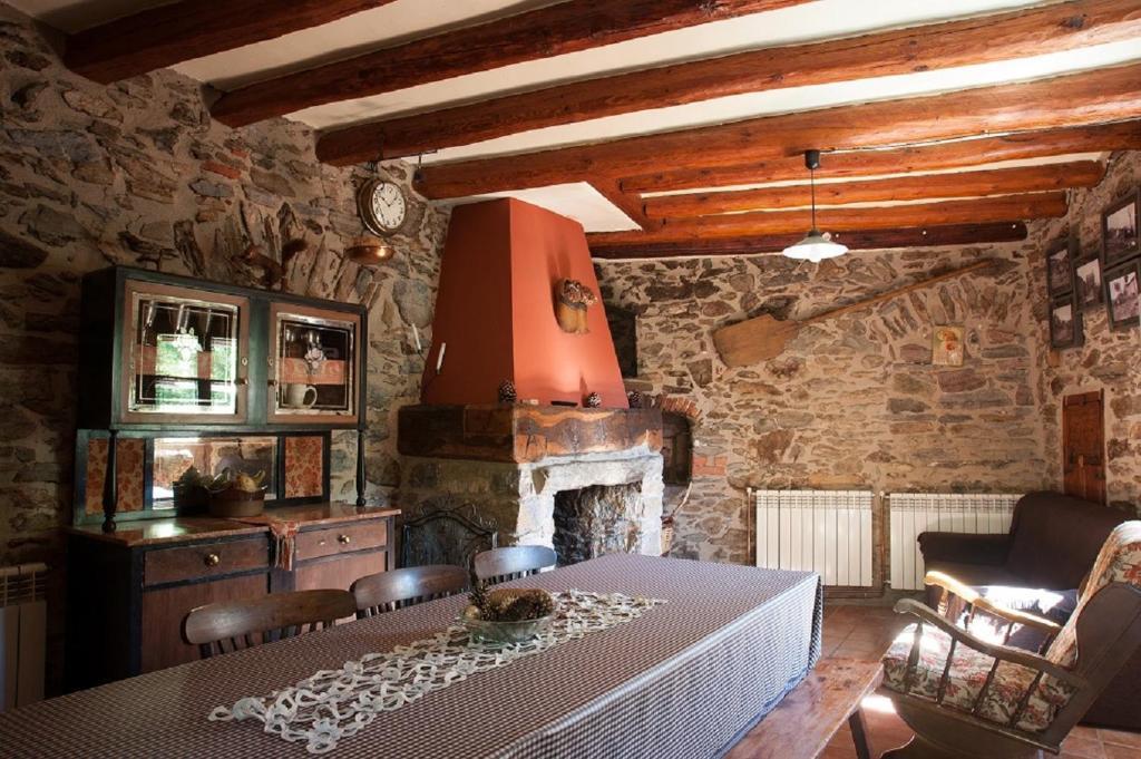 Apartaments turistics Moli Can Coll, Campelles – Precios ...