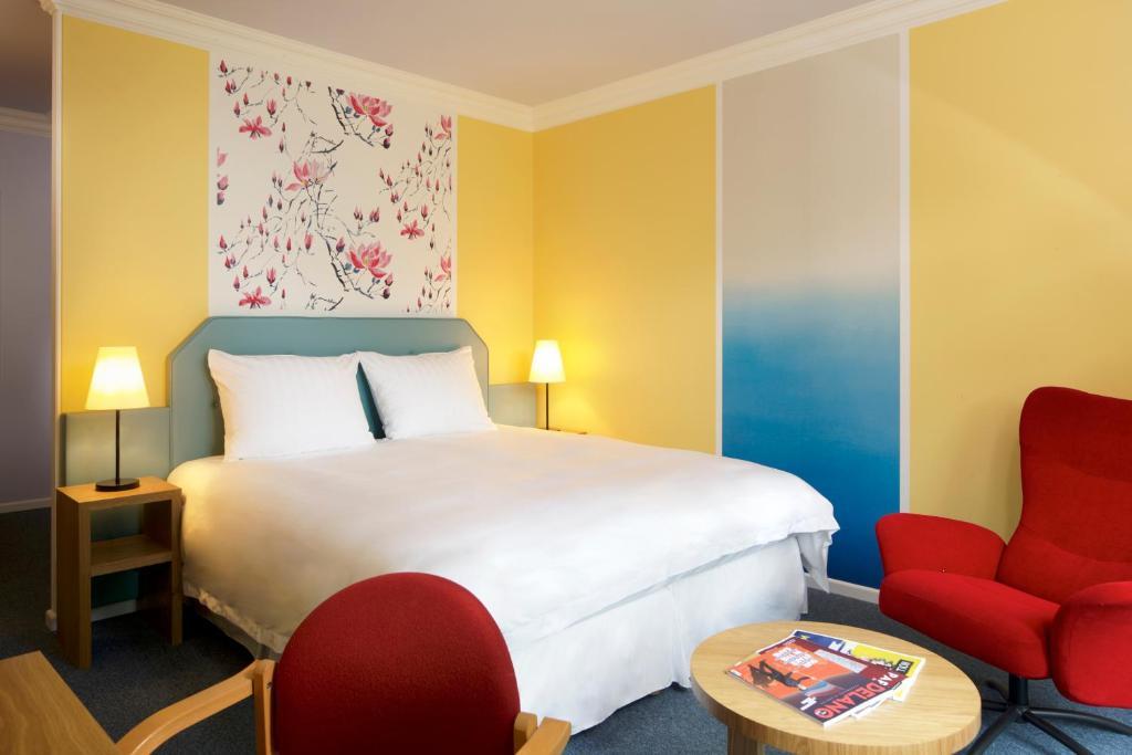 Lova arba lovos apgyvendinimo įstaigoje Hotel Parc Plaza
