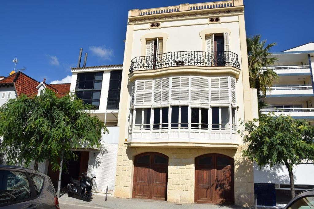 Apartamentos Les Barbes (España Caldes dEstrac) - Booking.com