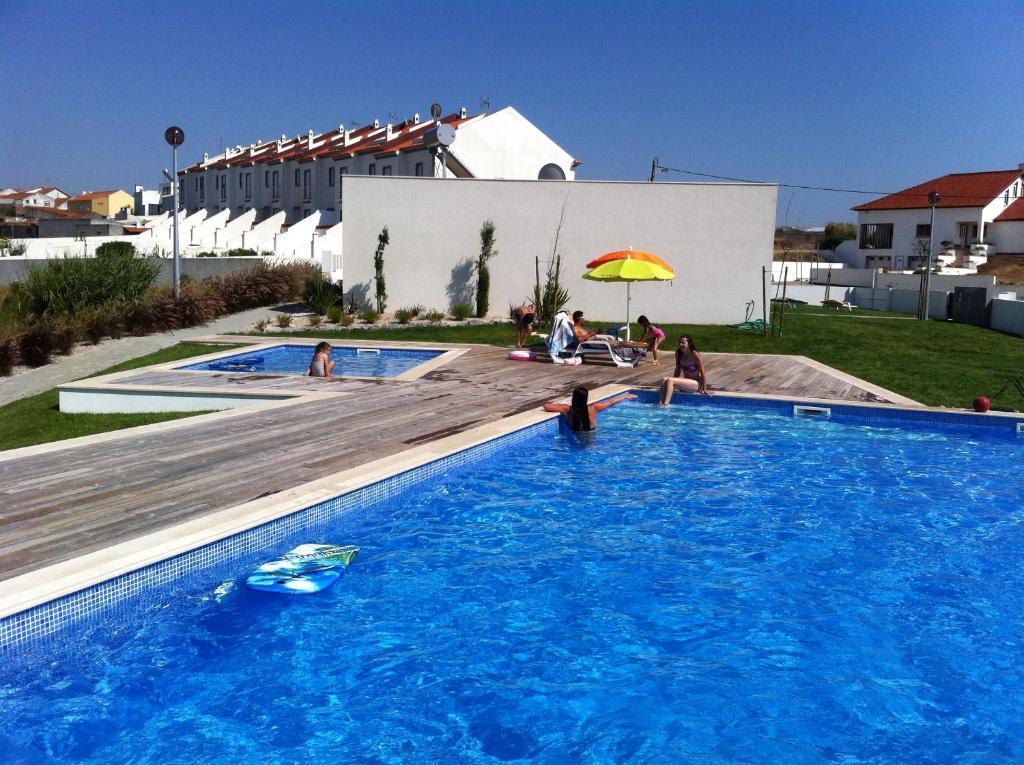 Carina Villas (Portugal Lourinhã) - Booking.com