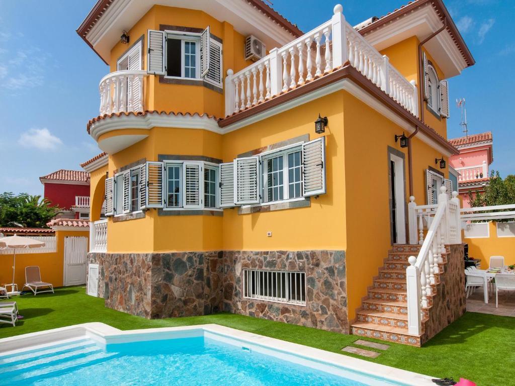 Booking.com: Villa with Pool in Sonnenland Q10 , Maspalomas ...