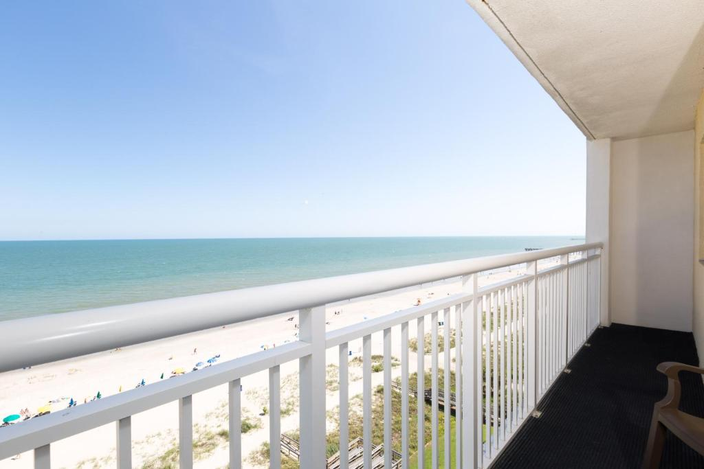 Hotel Camelot by the Sea, Myrtle Beach, SC - Booking com