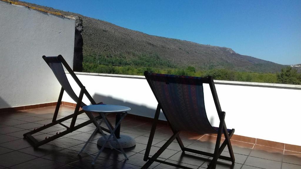 A balcony or terrace at Parreirais dos Moquinhos