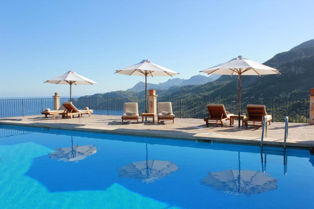 Bazén v ubytovaní Sa Pedrissa alebo v jeho blízkosti