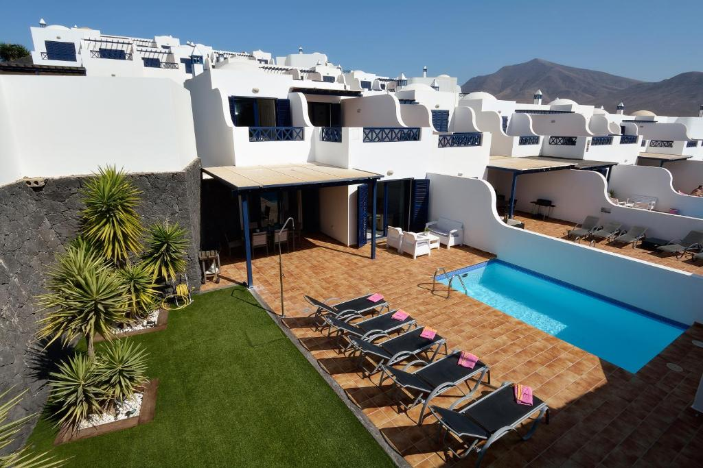 Villa Yucas, Playa Blanca, Spain - Booking.com