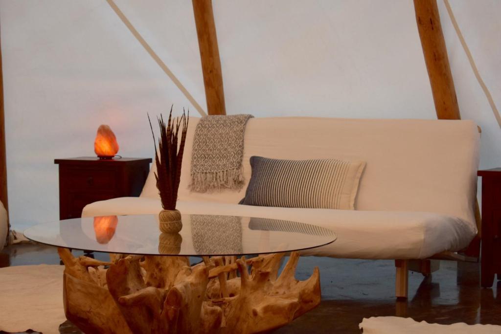 Luxury Tent Shining Star Glamping Tipi, Farmville, VA