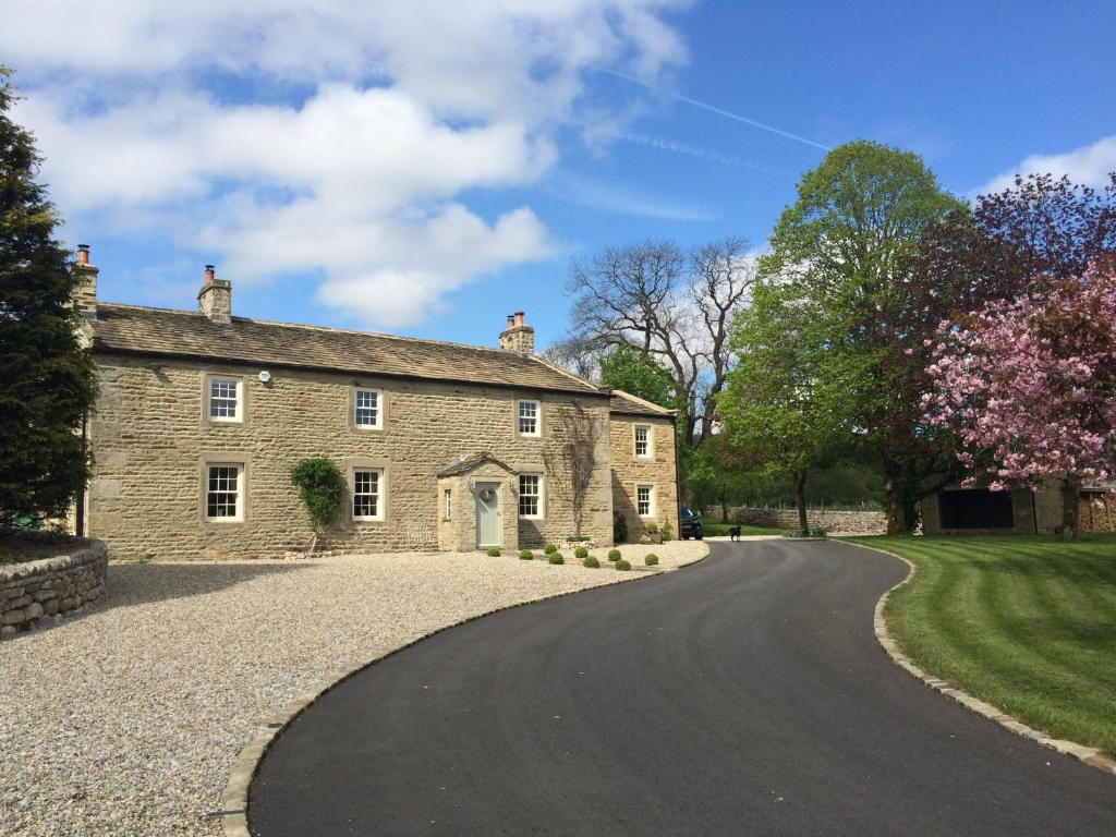 Lowfield Farm, Skipton – Updated 2019 Prices