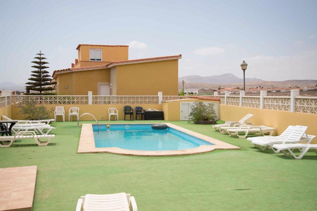 Vakantiehuis Lightbooking- Pool & Cool Caleta de (Spanje ...