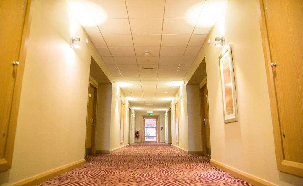 Curran Court Hotel