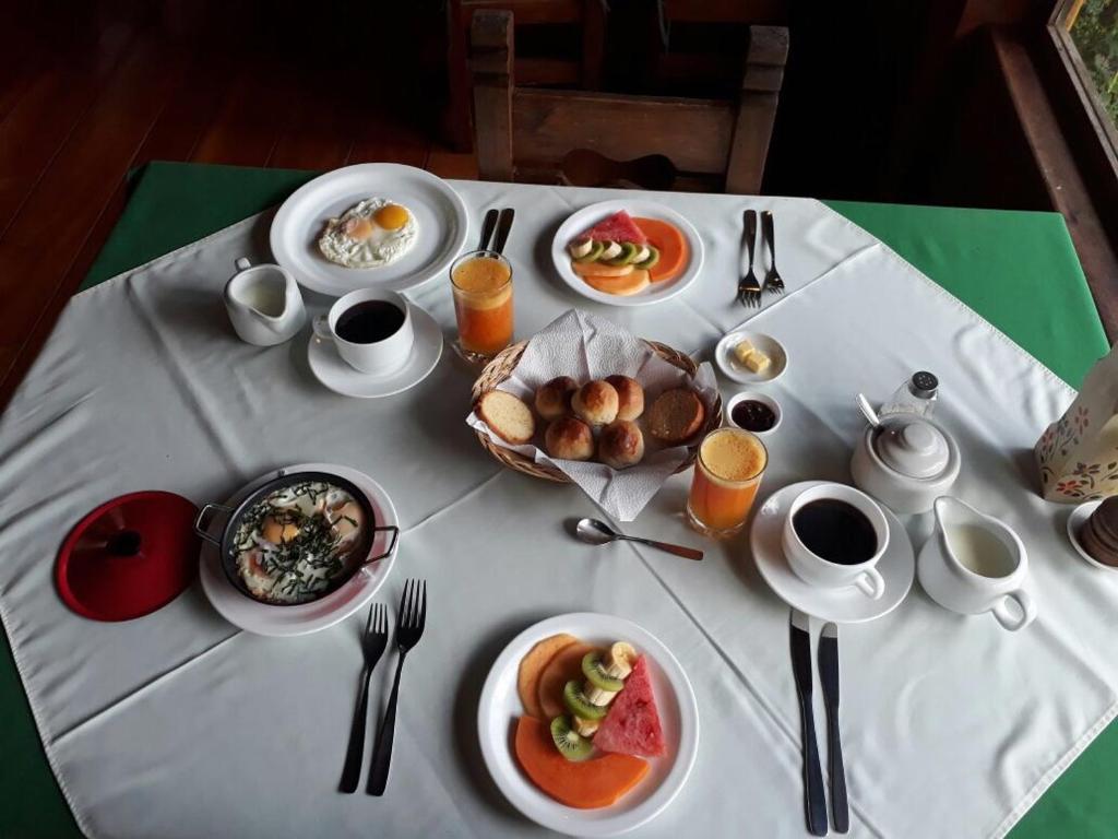Opciones de desayuno disponibles en Sachatamia Lodge